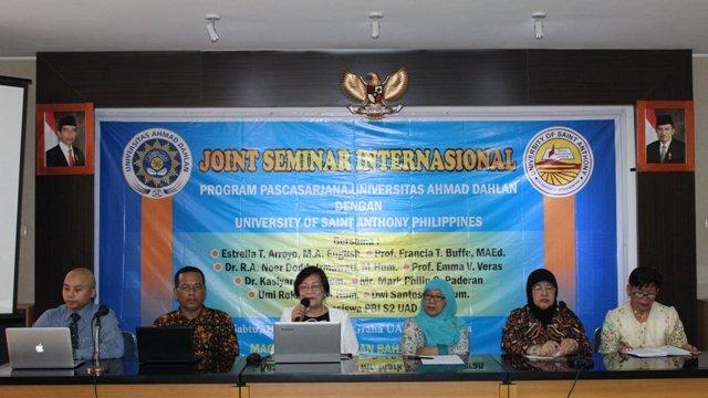 Pemateri Seminar Internasional